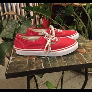 VANS WOMENS CHERRY RED SKATE SHOES 6.5